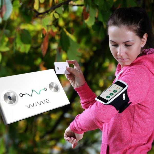 Dispozitiv WIWE pentru masurarea EKG, SpO2, puls, tulburari de ritm, risc cardiac, culoare alb